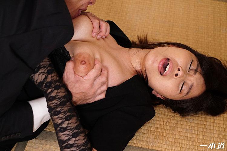 未亡人の性 小川桃果 1