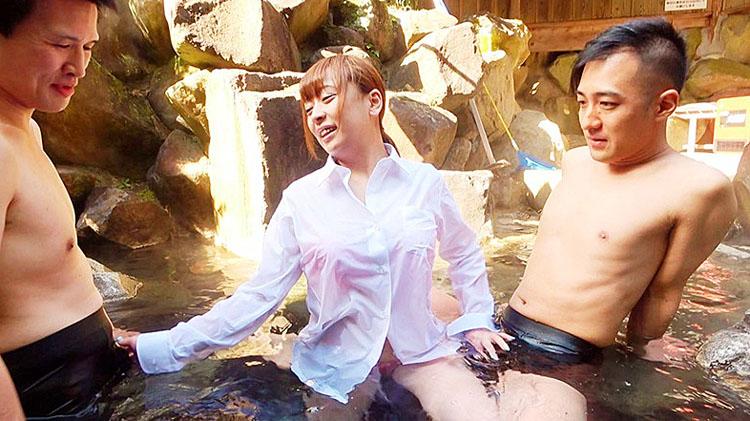 混浴ギャル温泉 地元で超有名なHカップ肉食ヤリマン早漏ビッチ 1
